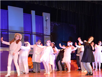 April's 'Addams Family' Musical Brought Frightful Fun to Deer Park  thumbnail118715
