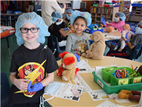 May Moore Kindergartners Treat Their Teddy Bears
