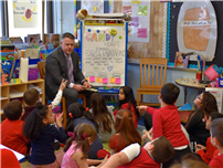 Deer Park superintendent provides valuable Valentine's lessons at JQA reading thumbnail164876
